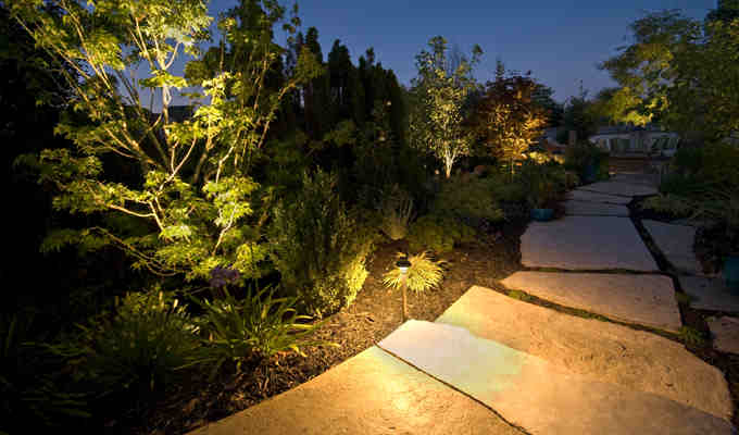 led outdoor pathway lighting